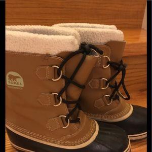 Unisex Sorel winter boots, size 8
